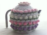 One of these days I need to buy myself a teapot..lol. A lot of the teapot cozies won't have a crochet pattern, but I love looking at them just the same.