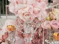 """No matter if it's the parents 1st or 3rd baby, there is no reason their baby shower can't look elegant and stunning--AND without breaking the bank too. You just have to think """"outside the box"""" a little and let your creative mind go wild."""