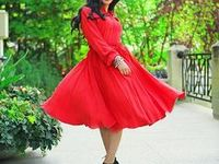 Knee & Midi Dresses / The most beautiful knee length and midi dresses. These looks are modest and chic and best of all do not require any layering! Follow Mode-sty to see the most beautiful stylish modest clothing!