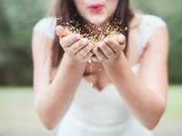 I ADORE glitter!  Sparkle on <3