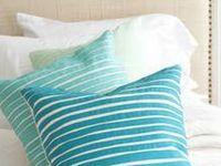 pillows, sewn, knitted polštáře , šité , pletené