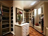 Everyone has their idea of a dream closet. You'll find closets by others and closets found in Martin Brothers built homes. Either way, Martin Brothers can build it!