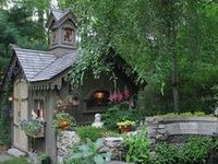 garden sheds and tiny cabins