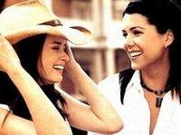 Lauren Graham - Gilmore Girls  - Lorelai Gilmore - Rory - Alexis Bledel #GilmoreGirls