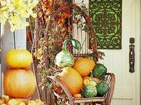 Create a welcome entry to your home with inspiration from Indeed Decor!