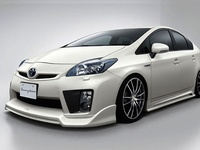 Visual inspiration for my 2010 Prius IV with Nav + Solar Panel Moonroof