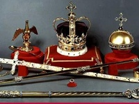 Crown Jewels and jewelery of England before the union of the crowns (between Scotland and England)The Island is then known as either Great Britain or the United Kingdom of England, Wales, Scotland and Ireland.