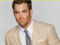 ♡ Chris Pine (if he doesn't open his mouth, he'll look much more sexier. Unfortunately....)