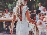 Wedding / Bridal gowns, wedding cakes and wedding tables