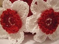 crochet flowers and flower motifs