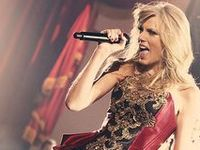 I'm a swiftie, and if you're on this board then you probably are too so hi *waves*