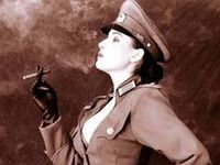 Cigar Ladies.  All copyrights belong to their respective owners.  I am just sharing beautiful pictures.