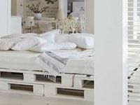 Customisation De Palette : ... ] sur Pinterest  Lit en bois de palettes, Palettes et Cadres de lit