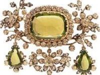 ROYAL AND HISTORIC JEWELRY