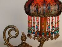 Lamps of all Kinds, mostly old, Chandeliers too