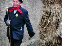 Straw Bear / The Annual Whittlesea/Whittlesey Straw Bear Festival