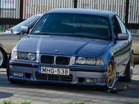 BMW / E36 coupe 320i