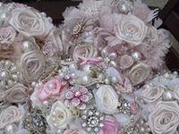 ♥ Bridal Bling Bouquets ♥