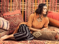With a fondness for Moroccan design, I truly love the graphic punch and saturated color often seen in this culture.