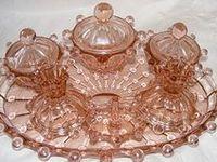 Pink depression glass / Rose glas