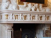 Chemin es historiques on pinterest chateaus versailles and fireplaces - Customiser une cheminee ...