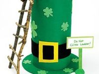Don't forget to wear green. Crafts, food , and other St.Pattys Day ideas
