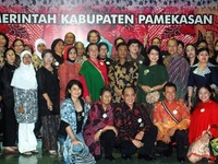 1000+ images about Traditional batik Indonesian cultural heritage on Pinterest  Traditional