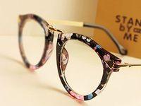 d0bf0bae55727 104 melhores imagens de Glasses Frames no Pinterest   Óculos, Usando óculos  e Armações de óculos