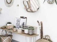 = Maison // Home sweet home = / Des jolies idées de déco pour la maison et toutes les pièces qui la composent : salon, entrée, chambre, cuisine, salle de bain, bureau, chambre enfant... https://frenchpipelette.com/