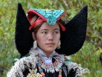 The many headdress seen from around the world #hats