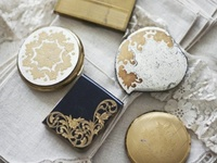 VintageCompacts,Lipsticks & Powder Boxes