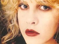 beautiful voice, beautiful woman