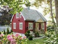 Little tiny houses