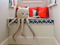 Lovely rooms, fashions and objects for the little ones