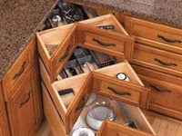 Finding new ways to organize the kitchen with great accessories and ideas.