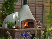Garden Kitchen / An outdoor cooking area for use the whole year round in the UK climate