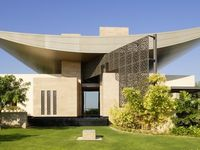 17 best images about dubai contemporary home architecture on pinterest villas santiago for Maison moderne de luxe interieur