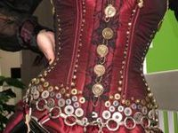 Tutorials and inspiration for steampunk clothes and accessories