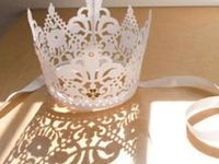 CROWNS, TIARAS, MASKS, HAIR ADORNMENTS