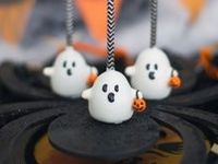 Frightful and Yummy - Halloween cakes and cake pops for your Halloween parties