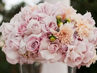 Browse through hundreds of wedding centerpiece ideas in all shapes, colours and sizes.  There are wedding centerpieces to suit all budgets, tastes and styles!
