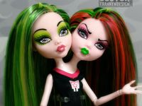 You'll ghoul out when you see these monster high dolls
