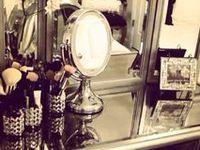Makeup Storage & Vanities