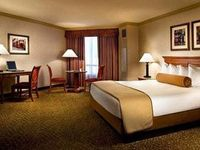 harrah's las vegas casino & hotel reviews