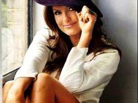 Beauty: Celebrity: Mariska Hargitay