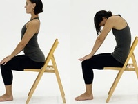 68 best yoga op een stoel / chair yoga images on pinterest