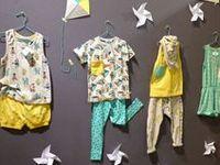 CREATIVE DISPLAY IDEAS KIDSWEAR