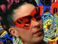 Frida Kahlo - Standing Ovation