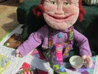 Puppetry, Titeres, & Blacklight / Making, using puppets...and Blacklight for Ministry