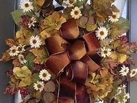 Wreaths, Door and Wall decorations